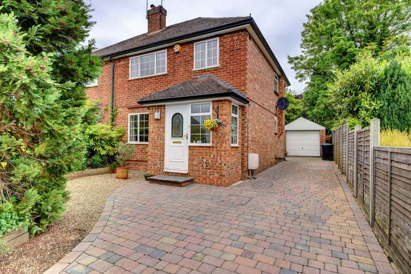 3 Bedrooms Semi Detached House for sale in Burnham