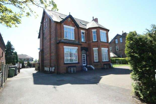 1 Bedroom Apartment Flat for sale in Queens Road, Sale
