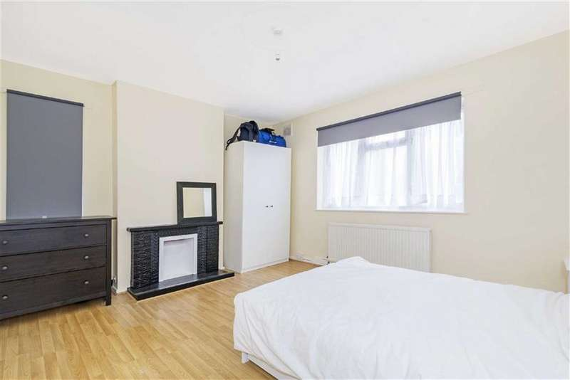 2 Bedrooms Flat for sale in Eastcote Street, LONDON