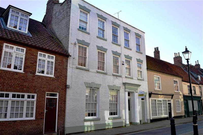 5 Bedrooms Terraced House for sale in High Street, Bridlington, YO16