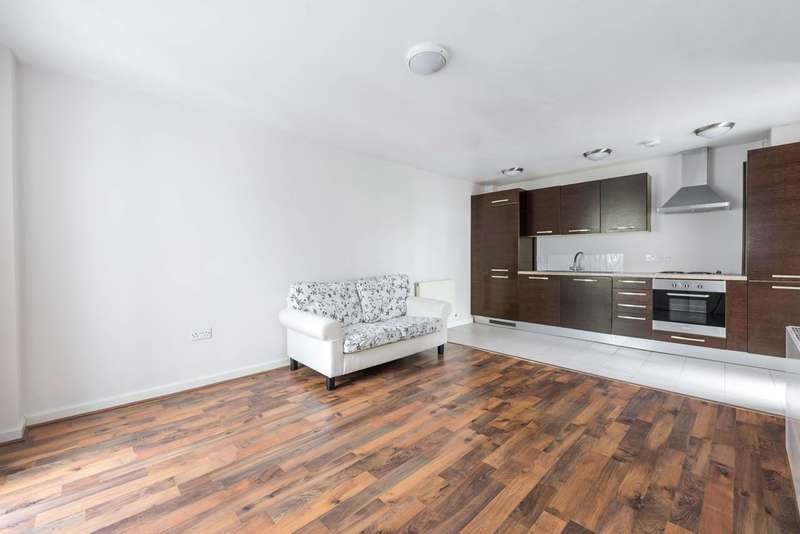 1 Bedroom Flat for sale in The Vale, Wendell Park, W3