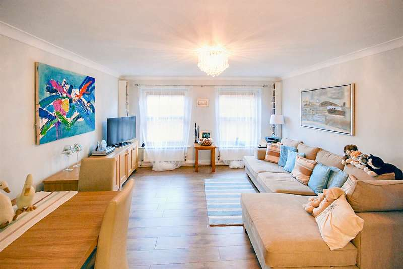 1 Bedroom Flat for sale in 73 Sea Road, Westgate-on-Sea