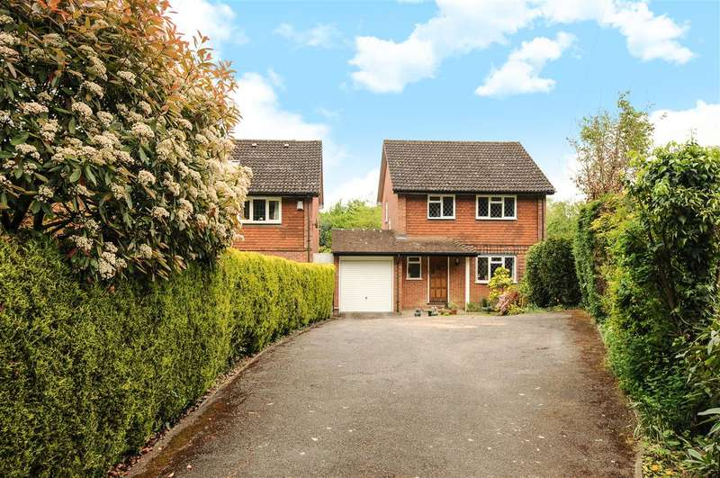 4 Bedrooms Detached House for sale in Hawthorne Cottages, Wellington Avenue, Virginia Water