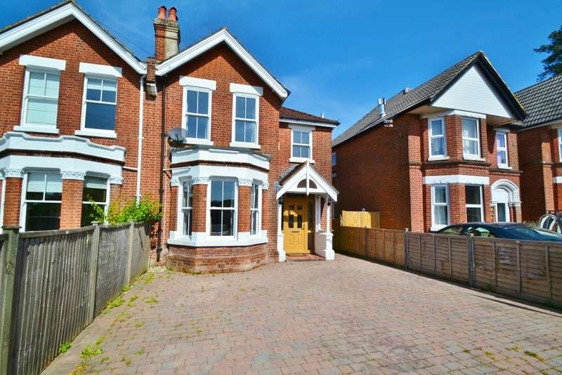3 Bedrooms Semi Detached House for sale in Bassett