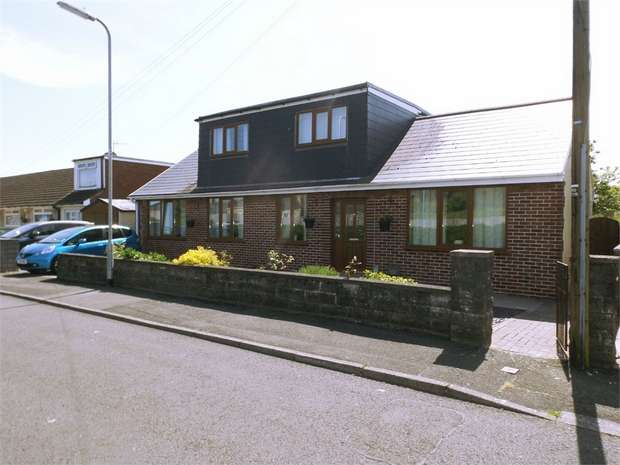 4 Bedrooms Detached Bungalow for sale in Heol Y Bronwen, Aberavon, Port Talbot, West Glamorgan