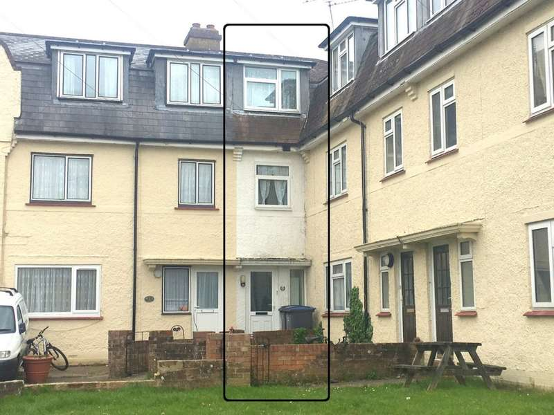 4 Bedrooms Terraced House for sale in Mayers Road, Walmer, CT14