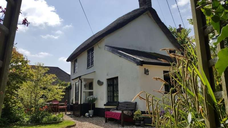 2 Bedrooms Detached House for sale in Whimple