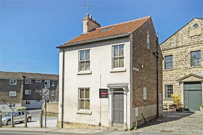 3 Bedrooms Detached House for sale in Briggate, Knaresborough, North Yorkshire