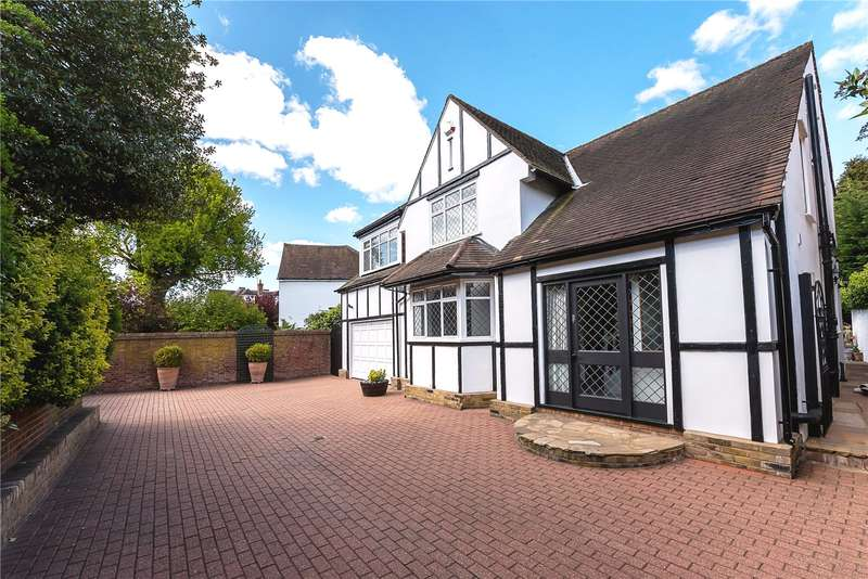 4 Bedrooms Detached House for sale in Waldegrave Road, Strawberry Hill, TW1