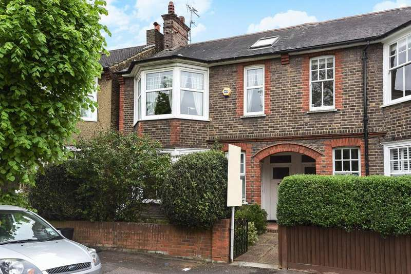 2 Bedrooms Flat for sale in Panmuir Road, West Wimbledon, SW20