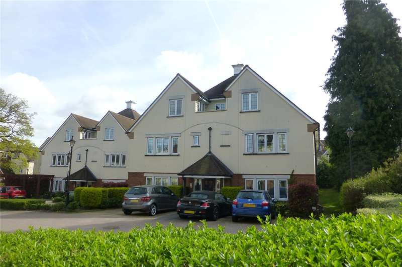 2 Bedrooms Flat for sale in Hill View, Dorking, Surrey, RH4