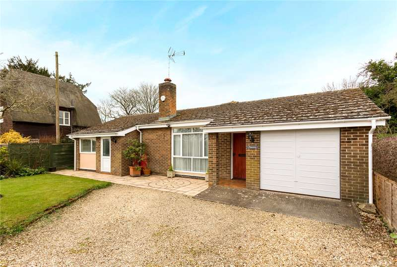 3 Bedrooms Detached Bungalow for sale in Northmoor, Witney, Oxfordshire, OX29
