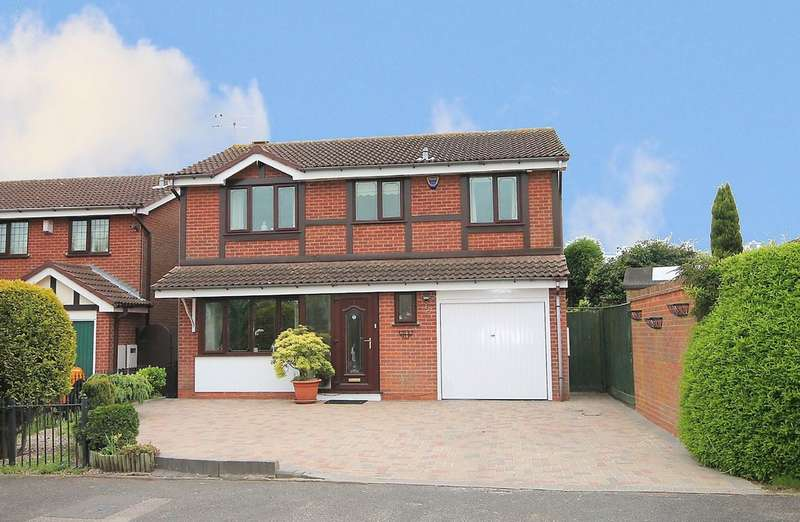4 Bedrooms Detached House for sale in Torridge, Hockley, Tamworth, B77 5QL