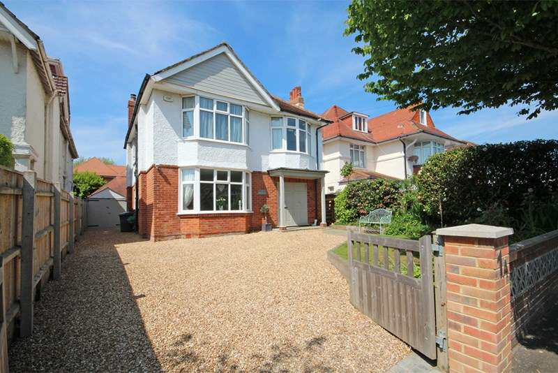 4 Bedrooms Detached House for sale in Southwood Avenue, Bournemouth