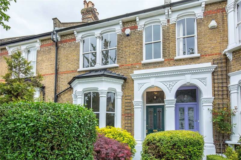 3 Bedrooms Terraced House for sale in Ashmount Road, Whitehall Park, London, N19