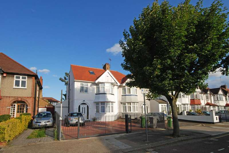 5 Bedrooms House for sale in Wren Avenue, Cricklewood, NW2