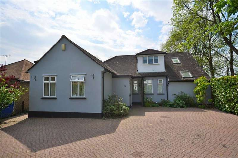 5 Bedrooms Property for sale in Field Way, Rickmansworth, Hertfordshire, WD3