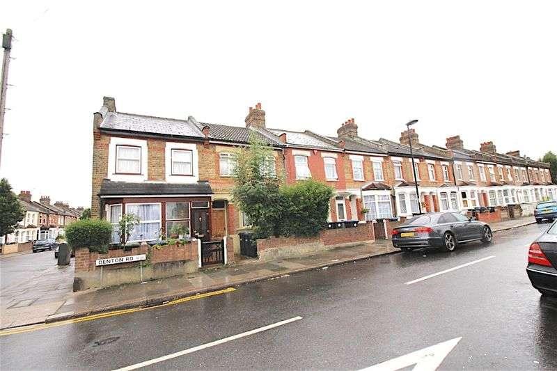 2 Bedrooms Terraced House for sale in Denton Road, London N18