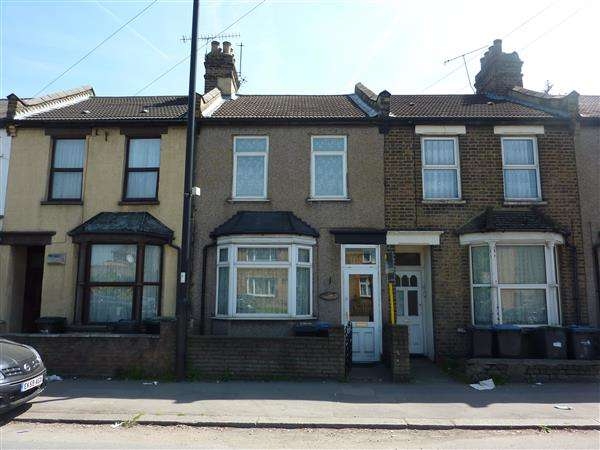 3 Bedrooms House for sale in Montagu Road, London