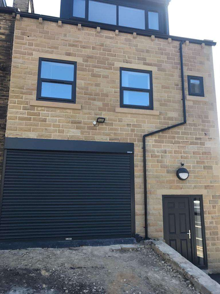 3 Bedrooms Terraced House for sale in Allerton Road, Bradford