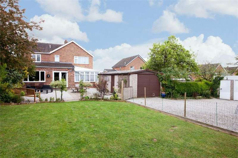 5 Bedrooms Detached House for sale in Hill Rise, Market Weighton, York