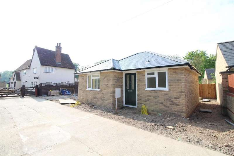 1 Bedroom Detached Bungalow for sale in High Street, Arlesey