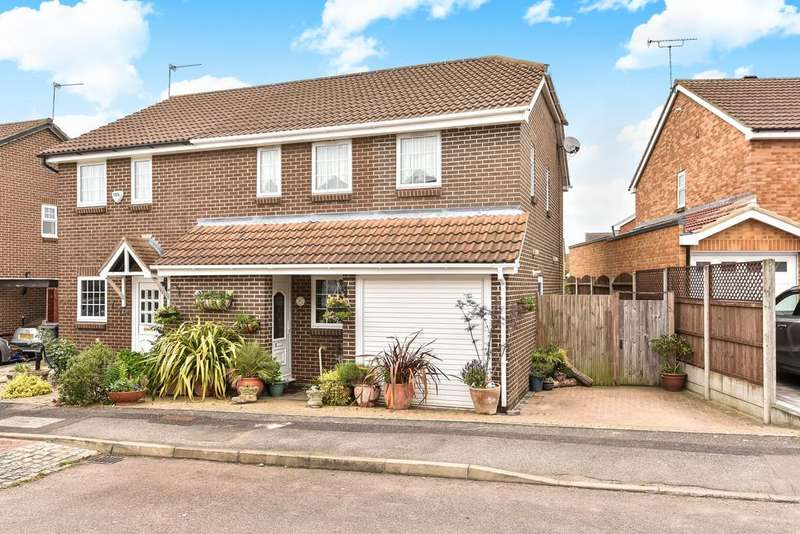 3 Bedrooms Semi Detached House for sale in Lucas Road, Snodland