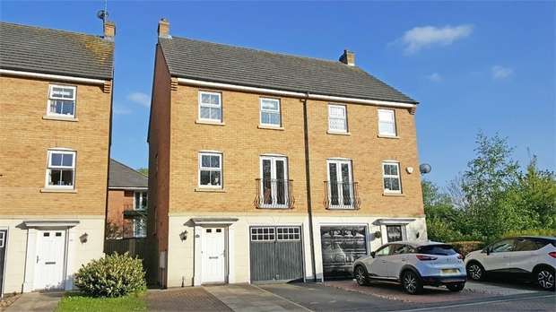 4 Bedrooms Semi Detached House for sale in Badgerdale Way, Littleover, Derby