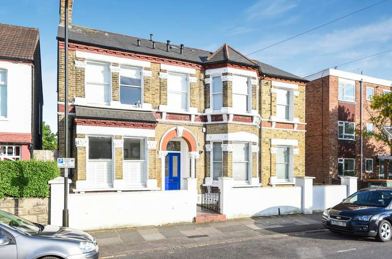 2 Bedrooms Flat for sale in Devonshire Road, Colliers Wood SW19