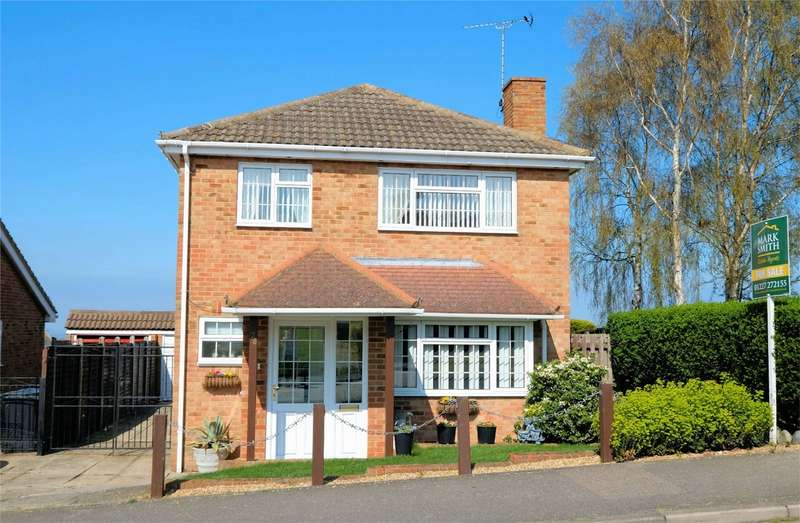 3 Bedrooms Detached House for sale in Sandpiper Road, WHITSTABLE, Kent