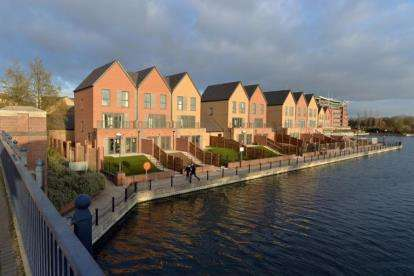 3 Bedrooms House for sale in The Residence, Lakeside Boulevard, Doncaster, South Yorkshire