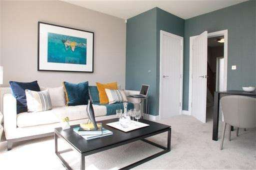 2 Bedrooms Terraced House for sale in Hebdon Road, Tooting