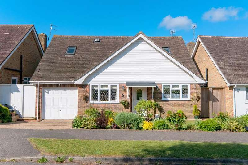 4 Bedrooms House for sale in Alfriston Park, Seaford, East Sussex, BN25 3LS