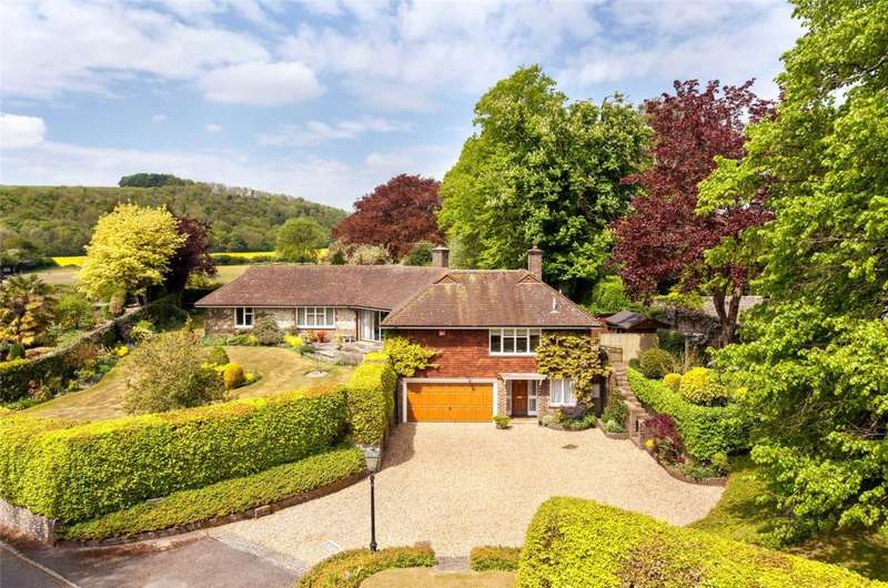 4 Bedrooms Detached House for sale in Highbury House, Compton, Chichester, West Sussex, PO18