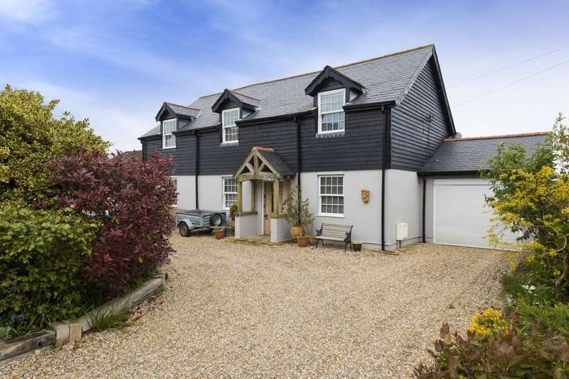 4 Bedrooms Detached House for sale in Capel Street, Capel-Le-Ferne, CT18