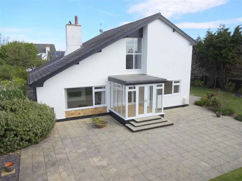 5 Bedrooms Property for sale in Fieldway, St Annes