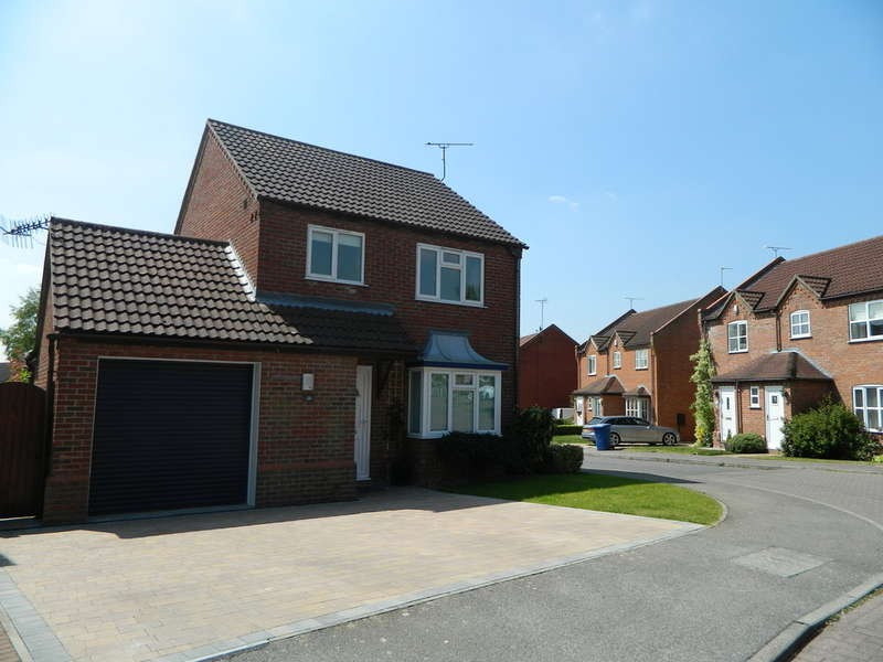 3 Bedrooms Detached House for sale in Saxon Way , Ingham , Lincoln