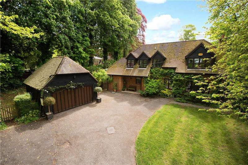 4 Bedrooms Detached House for sale in The Holloway, Whiteleaf, Princes Risborough, Buckinghamshire