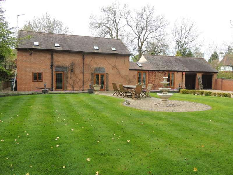 3 Bedrooms Barn Conversion Character Property for sale in Old Warwick Road, Rowington