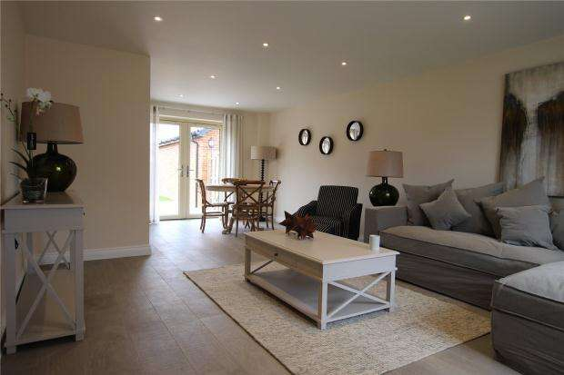 3 Bedrooms Terraced House for sale in Kenninghall Road, East Harling, Norfolk
