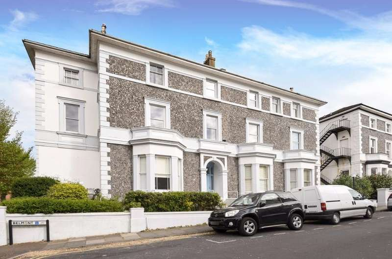 2 Bedrooms Flat for sale in Belmont Brighton East Sussex BN1