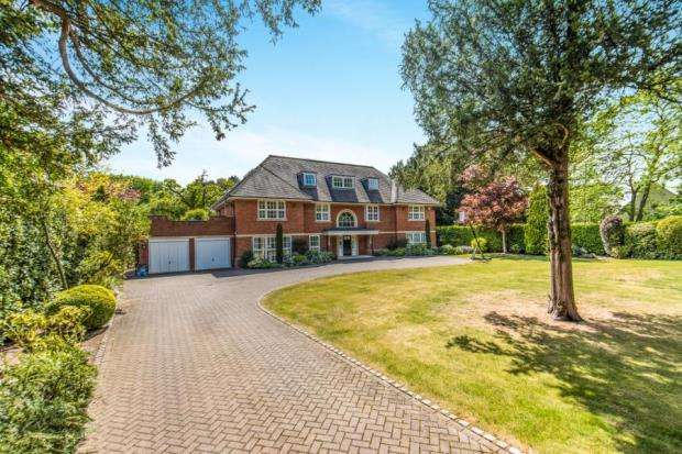 6 Bedrooms House for sale in Hersham, Walton-on-Thames, Surrey