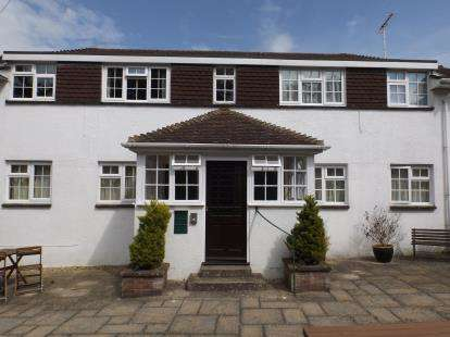 2 Bedrooms Flat for sale in Morton Old Road, Sandown, Isle Of Wight