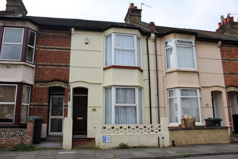 3 Bedrooms Terraced House for sale in Havelock Road, Gravesend DA11