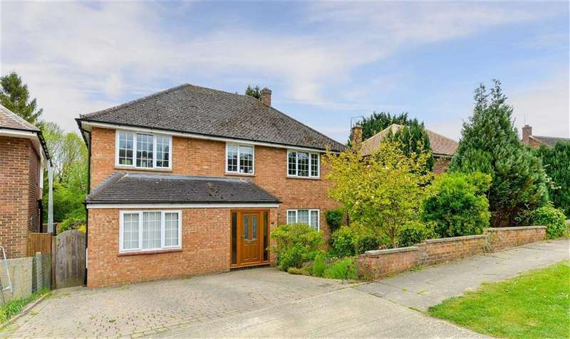 4 Bedrooms Detached House for sale in Cranborne Avenue, Hitchin, SG5
