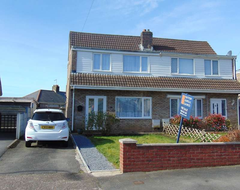 3 Bedrooms Semi Detached House for sale in Goshen Park, Skewen, Neath, Neath Port Talbot, SA10