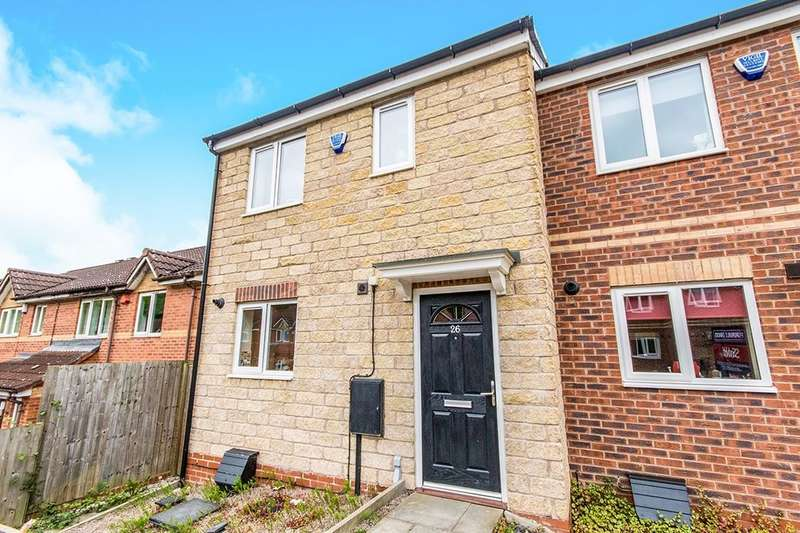 3 Bedrooms Semi Detached House for sale in Pinewood Crescent, Lincoln, LN6