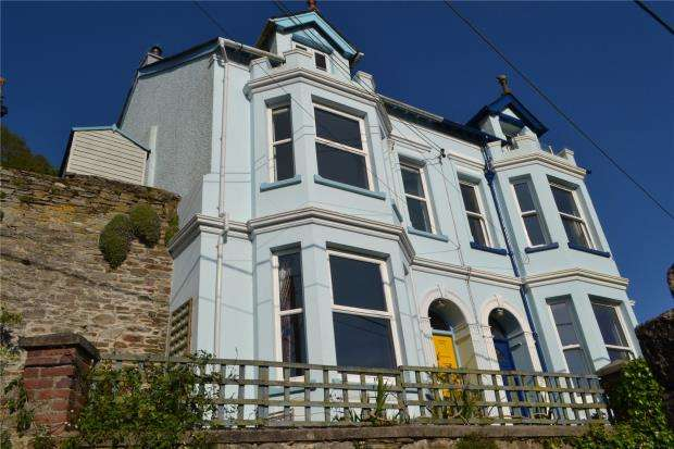 3 Bedrooms Semi Detached House for sale in Sunnybank, Barbican Hill, East Looe, Cornwall