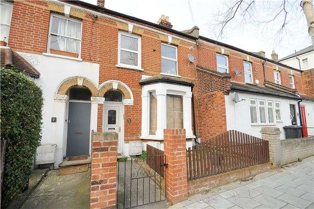 Studio Flat for sale in Ferrers Road, LONDON, SW16