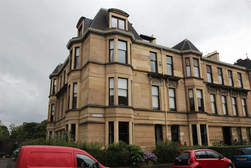 4 Bedrooms Flat for rent in Broomhill Terrace, Broomhill, Glasgow